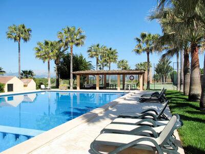Appartement en location sur un domaine avec piscine