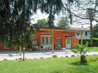 Villa Vitas (SSL100), Villa 4 personnes à Strassoldo