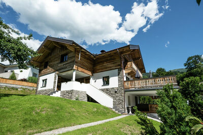 Luxueuse maison de vacances avec jacuzzi à Wagrain, Autriche