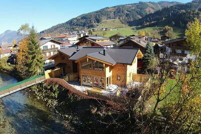 Chalet de luxe à Kaprun Salzbourg avec sauna