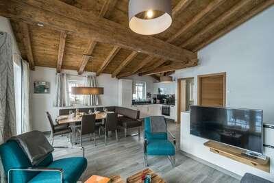 Maison de vacances de luxe avec sauna privé à Piesendorf