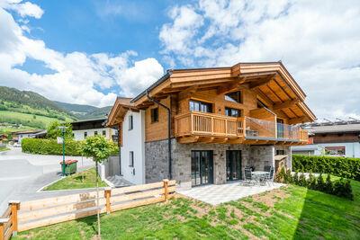 Maison de vacances ensoleillée avec sauna à Piesendorf