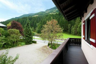 Chalet de luxe avec sauna près du domaine de Salzbourg