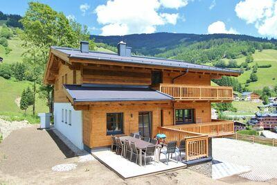 Chalet luxueux à Saalbach-Hinterglemm près domaine skiable