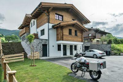 Maison de vacances moderne à Leogang avec sauna privé