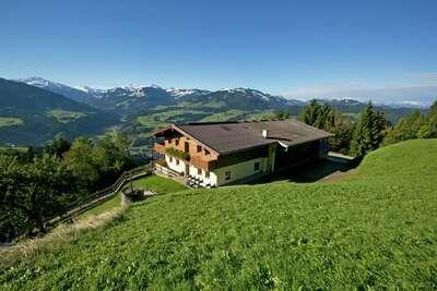 Magnifique chalet avec jacuzzi dans le Tyrol