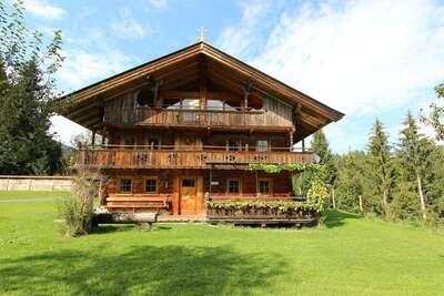 Belle ferme avec jardin en Autriche Tyrol
