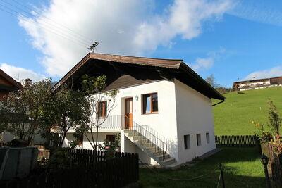 Chalet spacieux à Kirchberg avec vue sur la montagne