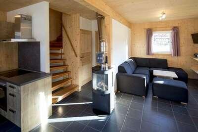 Moderne chalet en bois avec jacuzzi à Sankt Georgen ob Murau