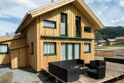 Chalet de luxe à Sankt Georgen ob Murau avec jacuzzi