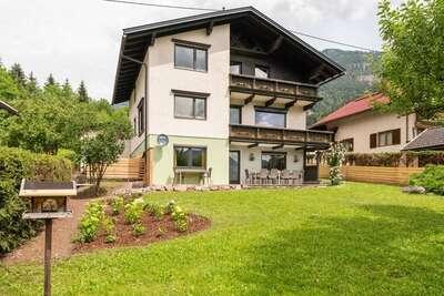 Maison de maître spacieuse à Kotschach-Mauthen avec sauna