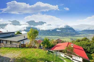 Chalet calme avec vue sur les Dolomites à Iselsberg-Stronach