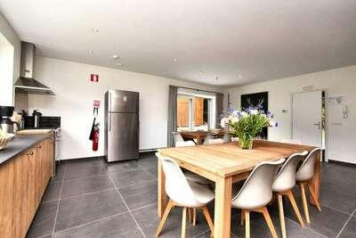Magnifique maison de vacances avec terrasse à Redu