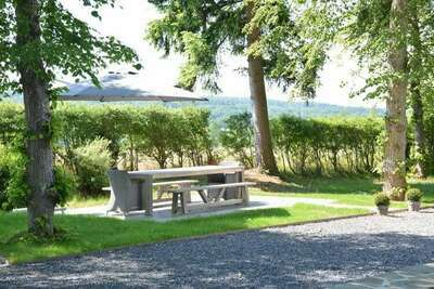 Superbe maison de vacances avec jardin clos à Serinchamps (Ciney)