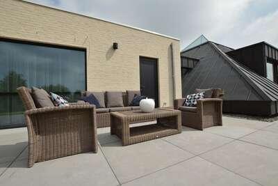 Villa très luxueuse et moderne à Alost sur un bel étang