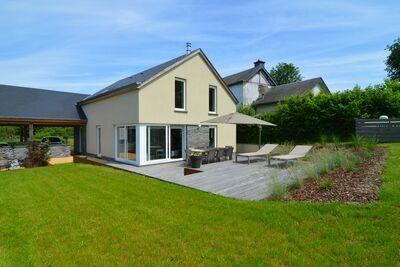 Maison de vacances moderne avec sauna pour familles à Houffalize en Belgique