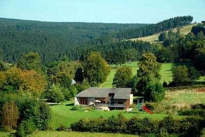 Villa spacieuse à Ovifat avec sauna