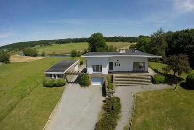 Villa avec jacuzzi et sauna près de la rivière, Ardennes