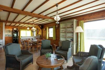 Villa vintage avec jardin privé près de la forêt à Rendeux