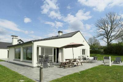 Maison de vacances moderne avec sauna à Rendeux