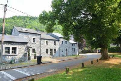 Cottage de luxe au bord d'une rivière à Hamoir