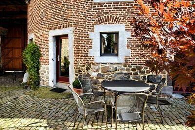 Spacieuse maison de vacances avec terrasse privée à Richelle