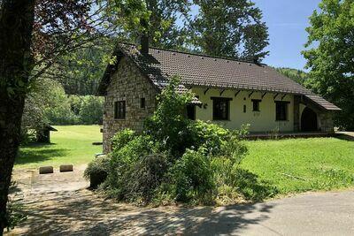 Maison de vacances spacieuse à St Vith près de la rivière