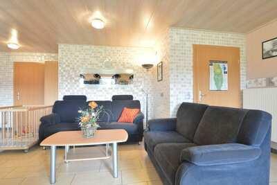 Maison de vacances moderne à Grüfflingen. Sauna et jacuzzi