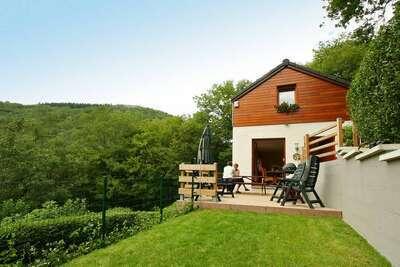 Superbe maison de vacances à Aywaille près de la forêt