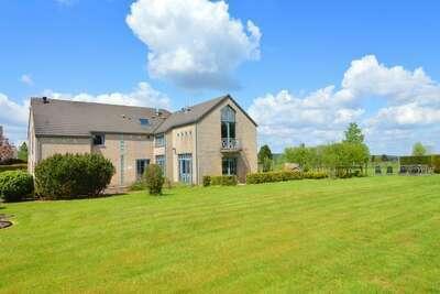 Villa de luxe avec piscine à Sourbrodt