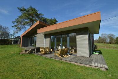 Charmante maison de vacances avec sauna à Robertville