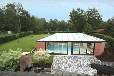 Belle maison de vacances avec piscine privée à Waimes