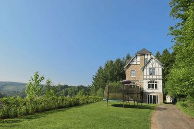 Villa de campagne aux Trois Ponts Liège avec jardin