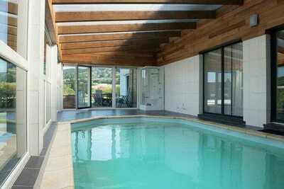 Très belle maison bien aménagée avec solarium et vue splendide