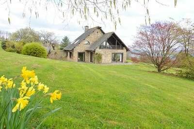 Maison de vacances cosy à Baneux avec vue sur la colline