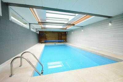 Maison de vacances moderne à Goesnes avec piscine privée
