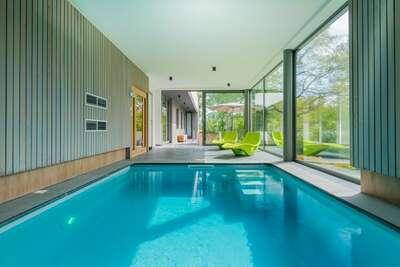 Maison de vacances moderne avec piscine à Somme-Leuze