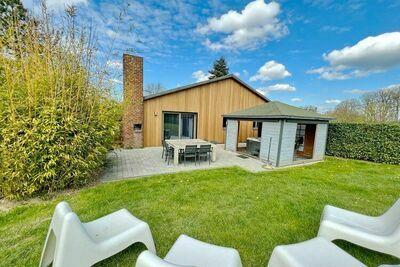Maison de vacances vintage à Somme-Leuze avec jardin