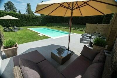 Demeure de caractère avec piscine commune dans les Ardennes