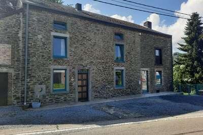 Maison de vacances à Vresse-sur-Semois avec piscine privée