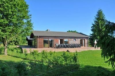 Maison de vacances confortable avec sauna à Houyet