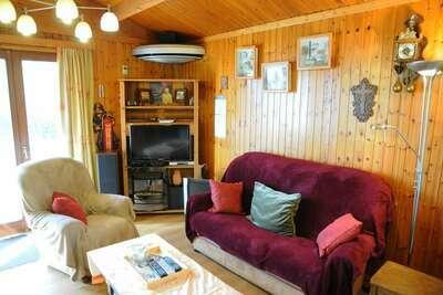 Maison de vacances cosy à Hour avec terrasse