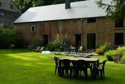 Maison traditionnelle avec jardin privé à Beauraing