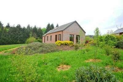 Maison de vacances située au calme avec jardin à Rochefort