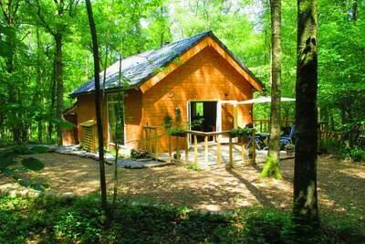 Chalet confortable à Oignies-en-Thiérache avec sauna