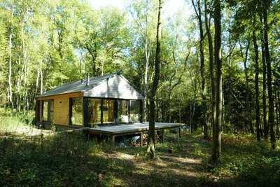 Charmante maison de vacances à Viroinval avec terrasse