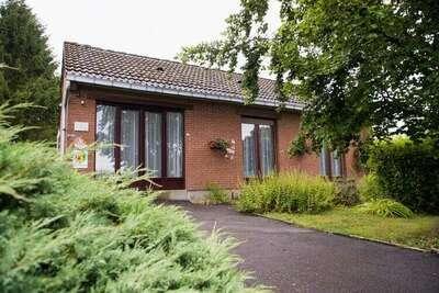 Belle maison de vacances avec jardin, Froidchapelle Belgique
