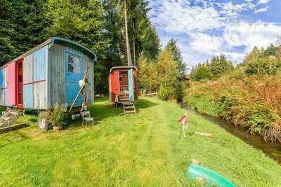 Maison de vacances caravane à Houffalize avec terrasse
