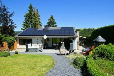 Maison de vacances avec jacuzzi et sauna à Houffalize