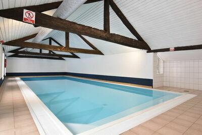 Ferme patrimoniale à Lavacherie avec jacuzzi et piscine